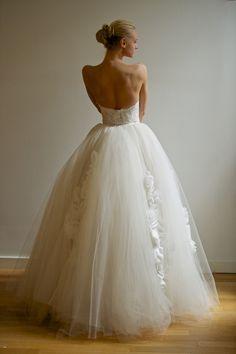 http://www.francescamiranda.com/wedding/bridal-spring-2013/