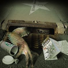 The Underground City Of The Lizard People Deep beneath the heart of Los Angeles' financial district, hundreds of feet below the huge downtown edifices that house banks, corporate offices, and government agencies, lies another city remembered only in obscure Indian legends, an underground world built b