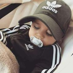 Literally way toooo cute! Makes me want another baby. Cute Baby Boy, Cute Little Baby, Cute Baby Clothes, My Baby Girl, Little Babies, Baby Love, Cute Babies, Cute Kids Fashion, Baby Boy Fashion
