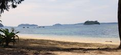 Although it is one of the popular beaches in Andaman ... the Wandoor Beach is still known for its scenic panorama that is ideal for swimming and coral sighting.