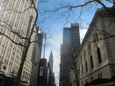 42St., New York Public Library & Chrysler Building, NYC. Nueva York by voces, via Flickr