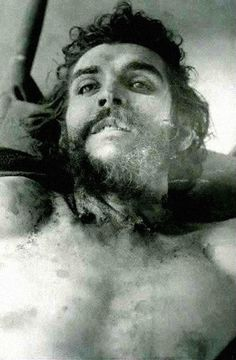The corpse of Che Guevara, on display for the press the day after his death, October 10, 1967