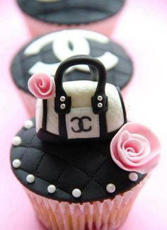 Chanel....Cup cake...