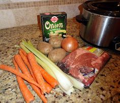 Holy Craft: My family's secret recipe for crock pot pot roast - Food and drink - Roasted Crock Pot Slow Cooker, Crock Pot Cooking, Slow Cooker Recipes, Crockpot Recipes, Cooking Recipes, Cooking Ideas, Food Ideas, Healthy Crockpot Pot Roast, Easy Pot Roast