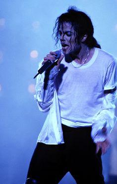 On Music :: True Michael Jackson Janet Jackson, Michael Jackson Live, Michael Jackson Dangerous, Photos Of Michael Jackson, Michael Jackson Wallpaper, Lisa Marie Presley, Paris Jackson, James Dean, Elvis Presley