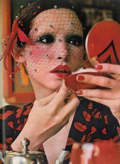 Vogue UK - June 1971 - By Barry Lategan