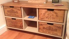 Cut - down wine crates, midfield, routed pine board, Farrow & Ball paint, Annie Sloan dark wax... Nice little bedside storage unit! #cocinasrusticasrecicladas