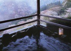 憧れのひと時を、今年こそ。花見露天風呂スポット6選【関西・中国・四国】