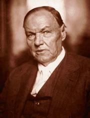 Clarence Darrow, an American lawyer and leading member of the American Civil Liberties Union