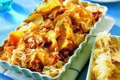 zapečené brambory se zelím Sauerkraut, Eat Smarter, Gnocchi, Main Meals, Casserole Recipes, Chicken Wings, Macaroni And Cheese, Food And Drink, Potatoes