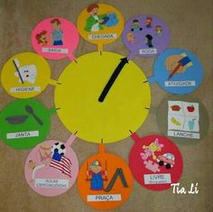 Moving hands clocks for visual aid daily routine. Bible School Crafts, Preschool Activities, Classroom Walls, Classroom Decor, Baby Sensory Classes, Diy For Kids, Crafts For Kids, Kindergarten, Class Decoration