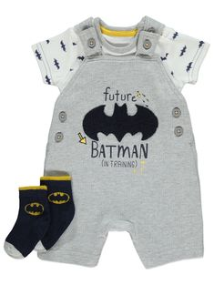 Browse our range of amazing value baby boys clothing and accessories at George at Asda. Our sleepsuits, outfits and more are all absolutely amazing value. Batman Baby Clothes, Baby Boy Batman, Twin Baby Clothes, Disney Baby Clothes, Baby Clothes Shops, Cute Boy Outfits, Boys Summer Outfits, Kids Outfits, Batman Outfits