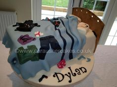 Teenager Messy Bed  £65 As Shown cakepins.com