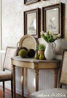 Entry table decor