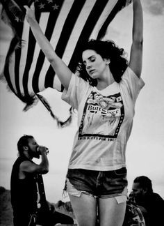 (32) Tumblr, lana del rey, black and white, beautiful, singer, united states, eua, woman, flag