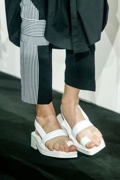 Acne Spring 2014 RTW - Details - Fashion Week - Runway, Fashion Shows and Collections - Vogue