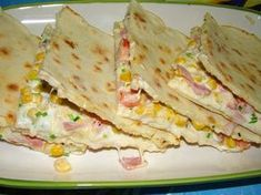 quesadillas :: Ami a konyhámból kikerül Tortilla receptje: 50 dkg liszt, Lunch Recipes, Dinner Recipes, Quiche Muffins, Best Egg Salad Recipe, Bread Dough Recipe, Baked Eggplant, Hungarian Recipes, Food And Drink, Eat