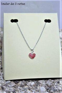 Collier coeur rouge réalisé en fimo liquide de la boutique latelierdes3cerises sur Etsy