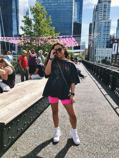 You are in the right place about leather cycling shorts outfit Here we offer you the most beautiful Cute Casual Outfits, Short Outfits, Spring Outfits, Sporty Summer Outfits, Big Shirt Outfits, Summer Concert Outfits, Kpop Concert Outfit, Band Tee Outfits, Casual College Outfits