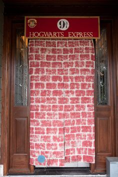 The Hogwarts Express is waiting! With ticket in hand, your guests can travel to the well-hidden Platform Nine and Three-Quarters thanks to this easy DIY from the Judth Fernstrom Photography blog. #HarryPotter