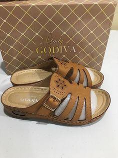 6bb0c6c42f20 Lady Godiva Open Toe Comfort Platform Wedge Slip On Sandals Size 7.5   fashion  clothing