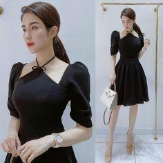 Design Inspiration, Vintage, Black, Dresses, Fashion, Denim Decor, Vestidos, Plunging Neckline, Sleeves