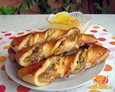 Вкусные дрожжевые спиральные булочки с яблоками с корицей разнообразит стол на медовый яблочный Спас. Рецепт приготовления легкий, приготовит такие булочки даже ребенок.