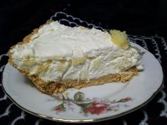 No Bake Diabetic Pineapple Cheesecake from Food.com:   Taken from a Facebook group. Cook time is chill time Baked Pineapple, Pineapple Pie, Pineapple Cheesecake, Quick Cheesecake Recipe, Low Carb Cheesecake, Diabetic Desserts, Diabetic Recipes, Pie Recipes, Healthy Desserts