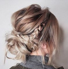 Messy updo hairstyles,Crown braid hairstyle to try ,boho hairstyle,easy hairstyl… - DIY Frisuren einfach Hairstyle Curly, Box Braids Hairstyles, Bride Hairstyles, Hairstyle Ideas, Hair Updo, Bridesmaid Hairstyles, Boho Hairstyles Medium, Ponytail Updo, Curly Bun