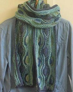 Windward waves - a beautiful scarf - mostly garter stitch with some short rows - free by Karen Lee