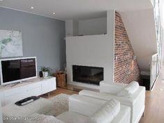 Fire place & brick wall / Takka & tiiliseinä