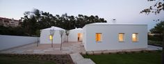 507e29ce28ba0d1f0000002c_house-in-belas-chp-arquitectos_chp_house_in_belas_clube_campo_-62--1000x398