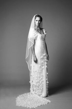 Alice-Temperley-Tinkerbell-Wedding-Dress-www.onewed.com_.jpg (532×800)