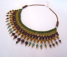 THIS ITEM IS RESERVED, PLEASE DONT BUY IT. THANKS! :)    A fiber crochet collar in fine cotton yarn with semiprecious stones pendants and brass