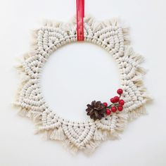 Lot's of gift ideas in the shop for the best friend, sister, mother, cousin or yourself ❤️ And everything is on sale! Macrame Mirror, Macrame Art, Macrame Design, Macrame Projects, Macrame Knots, Holiday Crafts, Christmas Crafts, Christmas Decorations, Disney Diy Crafts