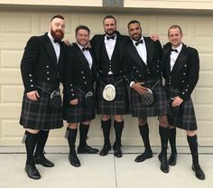 Sheamus as a groomsman for Drew Galloway Scottish Dress, Scottish Kilts, Drew Galloway, Scammer Pictures, Jinder Mahal, Wrestling Posters, Groom And Groomsmen, Bride Groom, Wedding Bride