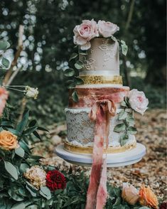 So over the moon to be able to finally share these photos from the most epic photoshoot I was honoured to be involved in last year. See the full feature in An Essex Wedding Magazine 💕💕 . Check out the most amazing suppliers involved: . Buttercream Cupcakes, Cupcake Cakes, Wedding Favours, Wedding Cakes, Silver Cake, Vintage Lace Weddings, Cake Tasting, Unique Cakes, Wedding Cake Designs
