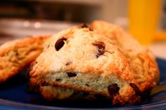 Confectionary Tales of a Bakeaholic: Chocolate Chip Scones