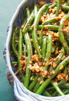 green beans with garlic, walnuts and balsamic