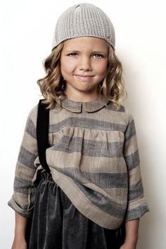 /// Outfits Niños, Kids Outfits, Little People, Little Girls, Kid Styles, Kids Wear, Kids Fashion, Heavy Blanket, Girly