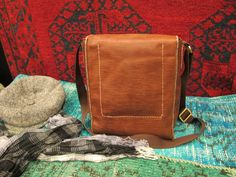 Icarus Studio - Handstitched leather bag