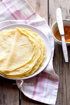 Crepes dolci e salate impasto base perfetto - Ricetta Crepes