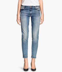 H&M Girlfriend Jeans 399,-