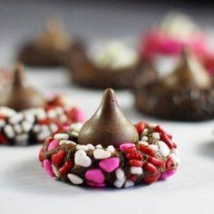 Valentine Kiss Cookies by TheKitchenPlayground
