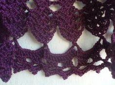 Hola¡¡¡¡¡     Otro proyecto terminado, esta vez se trata de un chaleco circular que empecé a tejer este verano y que por fin lo he termin...