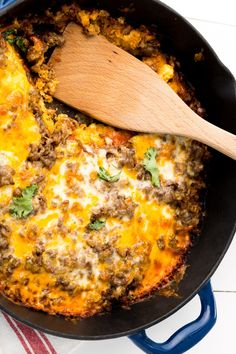 These Budget-Friendly Ground Beef Recipes Are Easy To Make And SO Delicious - F. - easy ground beef recipes - Easy Ground These Budget-Friendly Ground Beef Recipes Are Easy To Make And SO Delicious - F. Meat Recipes, Mexican Food Recipes, Dinner Recipes, Cooking Recipes, Cooking Ideas, Casserole Recipes, Dinner Ideas, Tamale Casserole, Pan Cooking