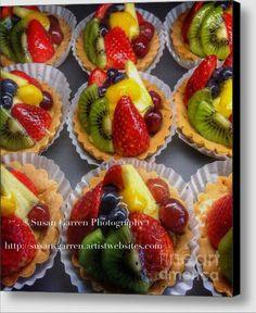 Fruit Tarts Dessert  ©Susan Garren Photography  http://susan-garren.artistwebsites.com