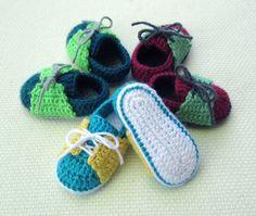 crochet baby shoe sneaker pattern