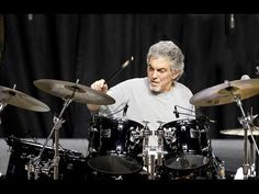 """The """"Gadd Flutter Lick"""" - The Classic Steve Gadd Ghost Note Drum Lick - Recorded with Zoom Q4 - YouTube"""