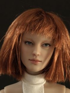 About LeeLoo the Fifth Element: LeeLoo the Fifth Element repaint on a Tonner